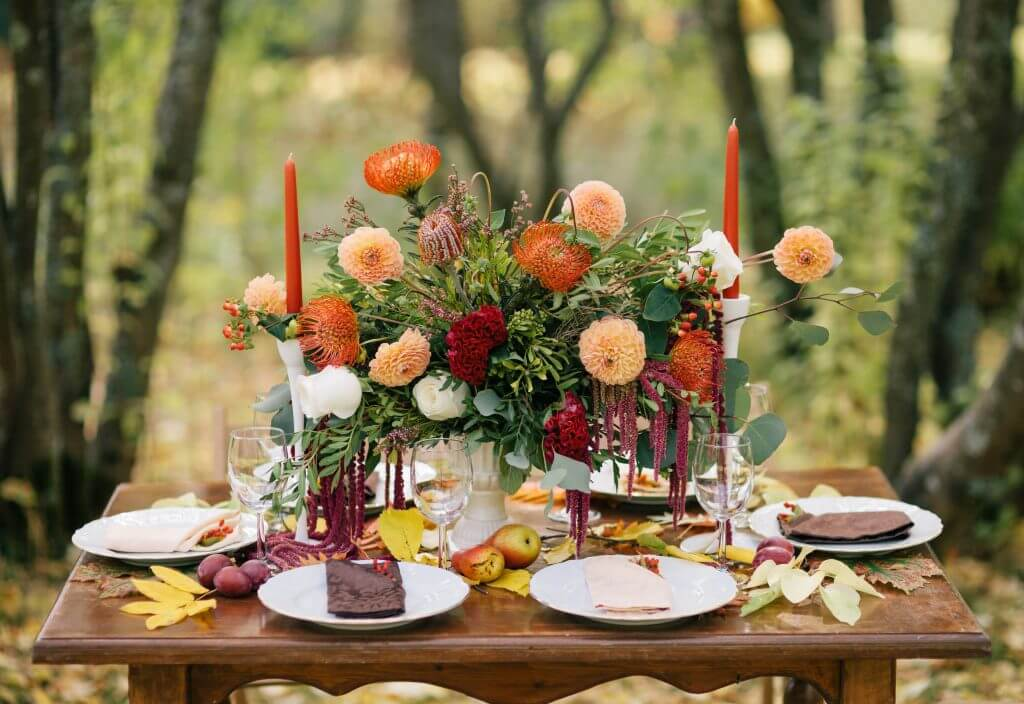 orange forest table decoration