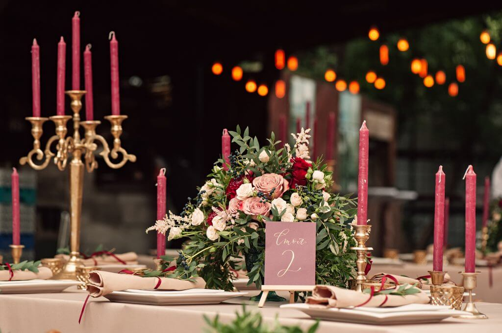 gold red festive centerpiece