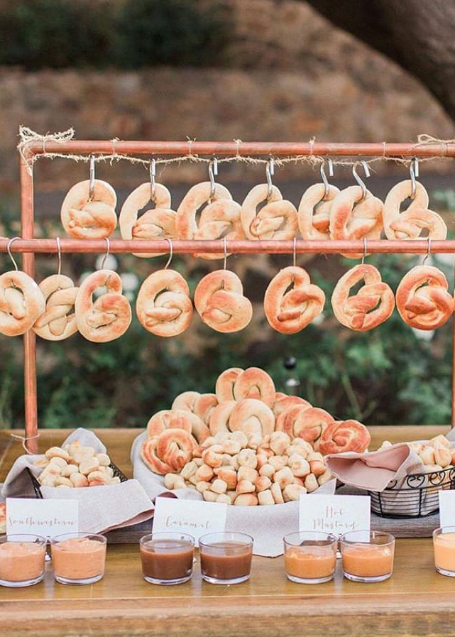 bretzel wedding bar food idea