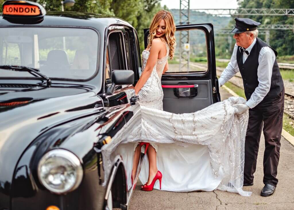 taxi wedding transportation idea