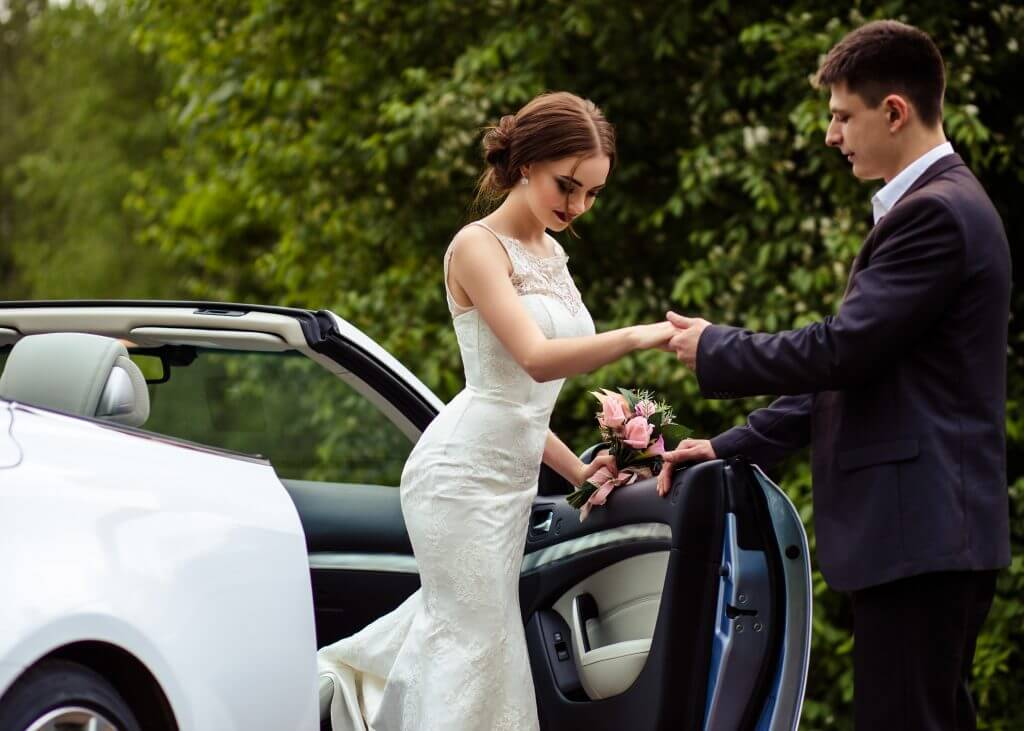 luxury car wedding transportation idea