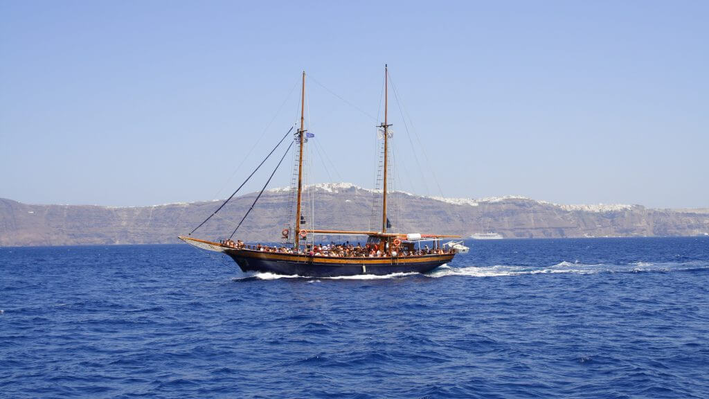 Wedding Planner in Santorini Sail the sea 71