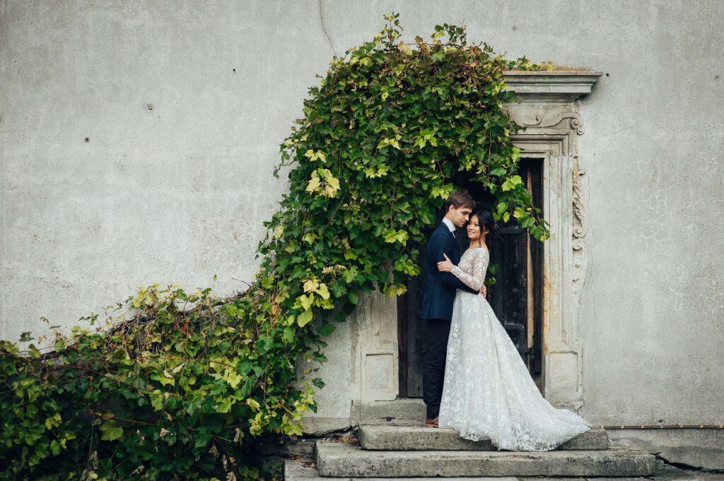 Make Happy Memories Wedding Arch Wall
