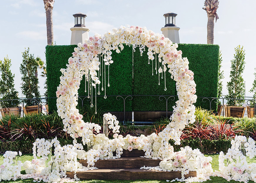 Romantic Arch Inspirations For Your Fairytale Wedding Make Happy
