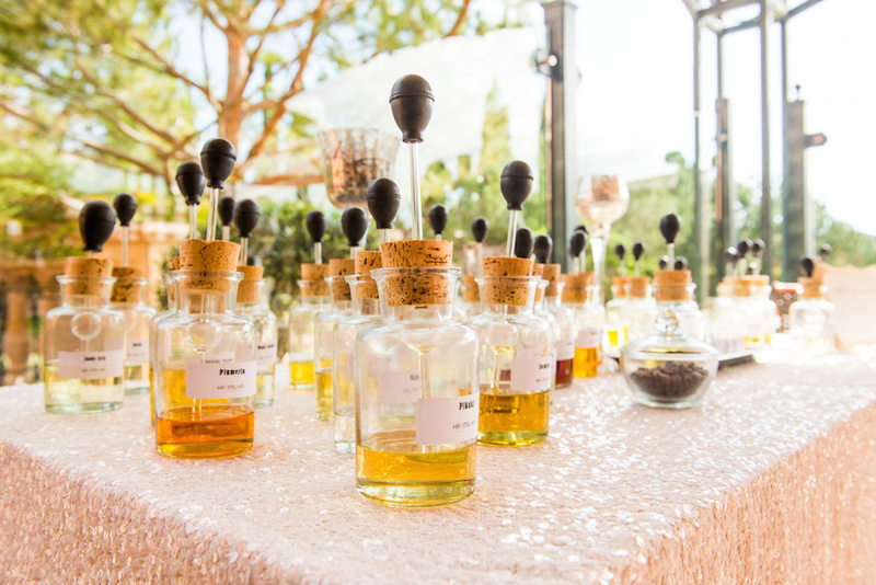 Make Happy Memories Wedding Corners Perfume