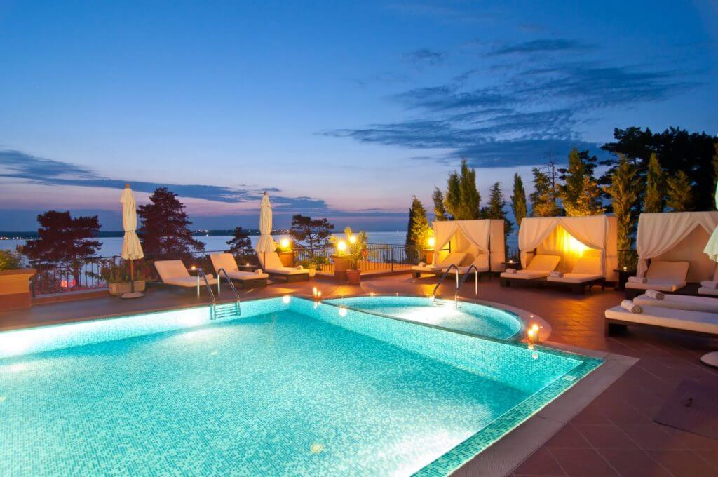 Make Happy Memories Engaged in 2019 Villa